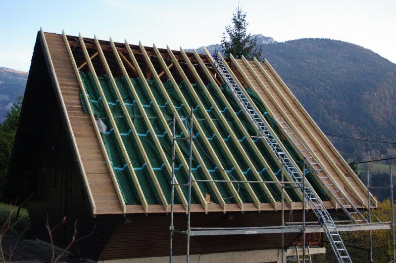 Isolation de toiture par l ext rieur ouate de cellulose for Isolation toiture exterieur