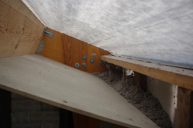 Pose de 20cm de ouate dans les murs